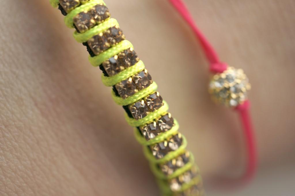 astrid & miyu bracelet neon