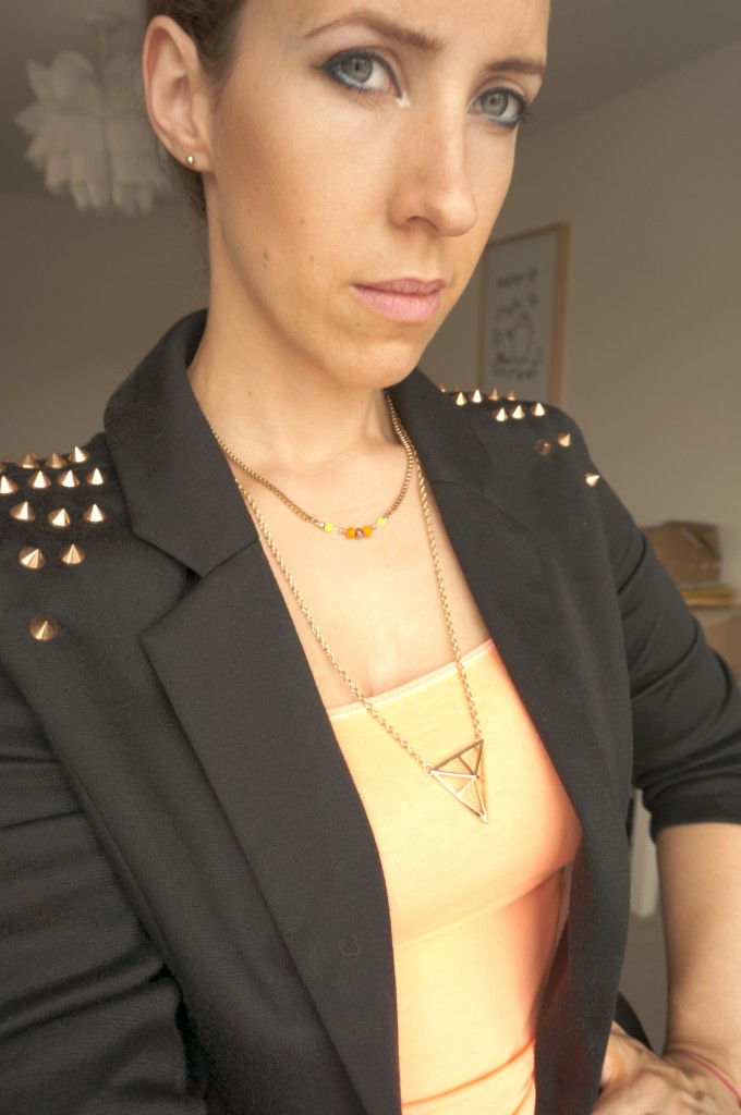 gold triangle necklace