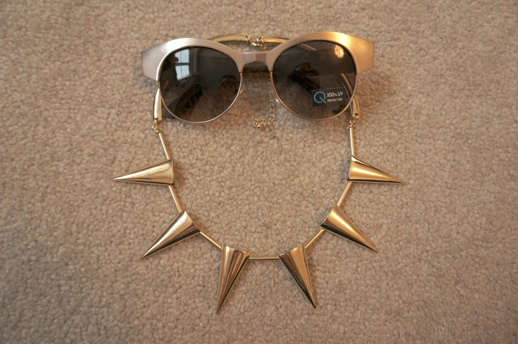 sun spike necklace flash cat shades
