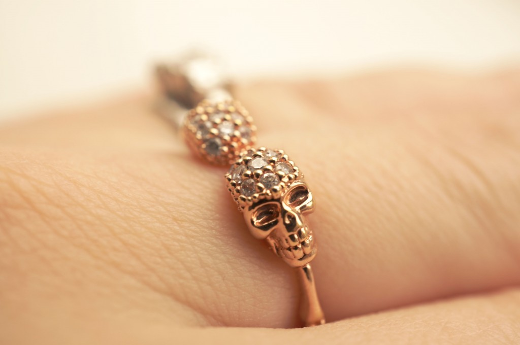 rose gold skull ring
