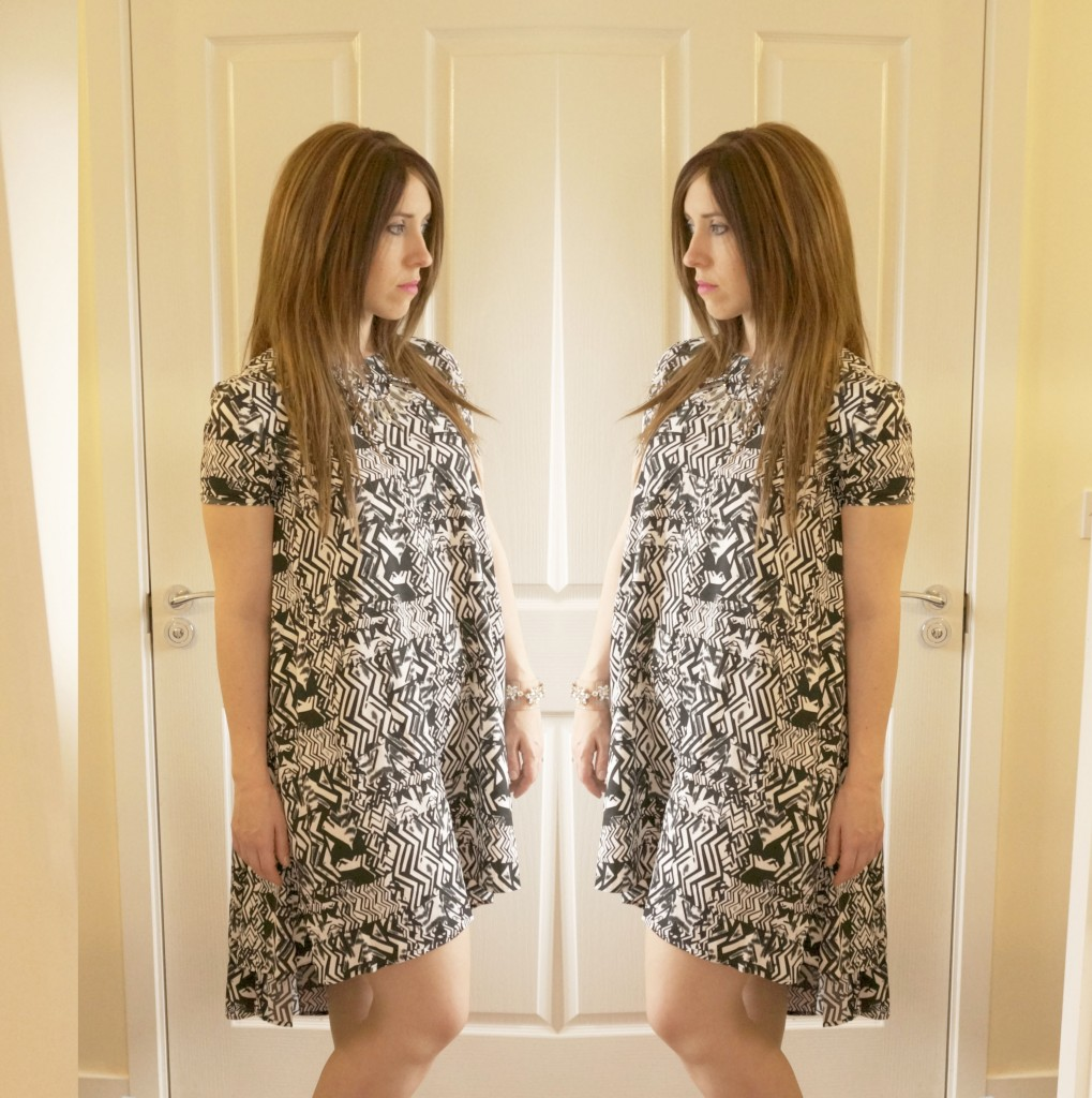 Chique Clothes Abstract Swing Dress OOTD!