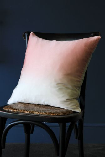 fabulous-silk-dip-dye-cushion-peach-pink-22601-p[ekm]335x502[ekm]