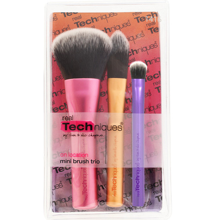 real-techniques-brush-set-mini-brush-set-pixie-woo-beauty-bloggers-makeup-brushes-for-handbag-travel-size-brushes