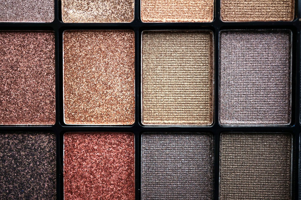 eyeshadow-close-up-2