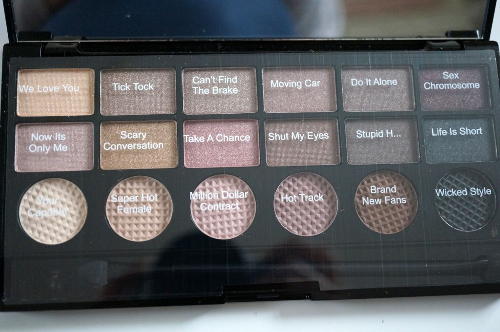 makeup revolution salvation palette review