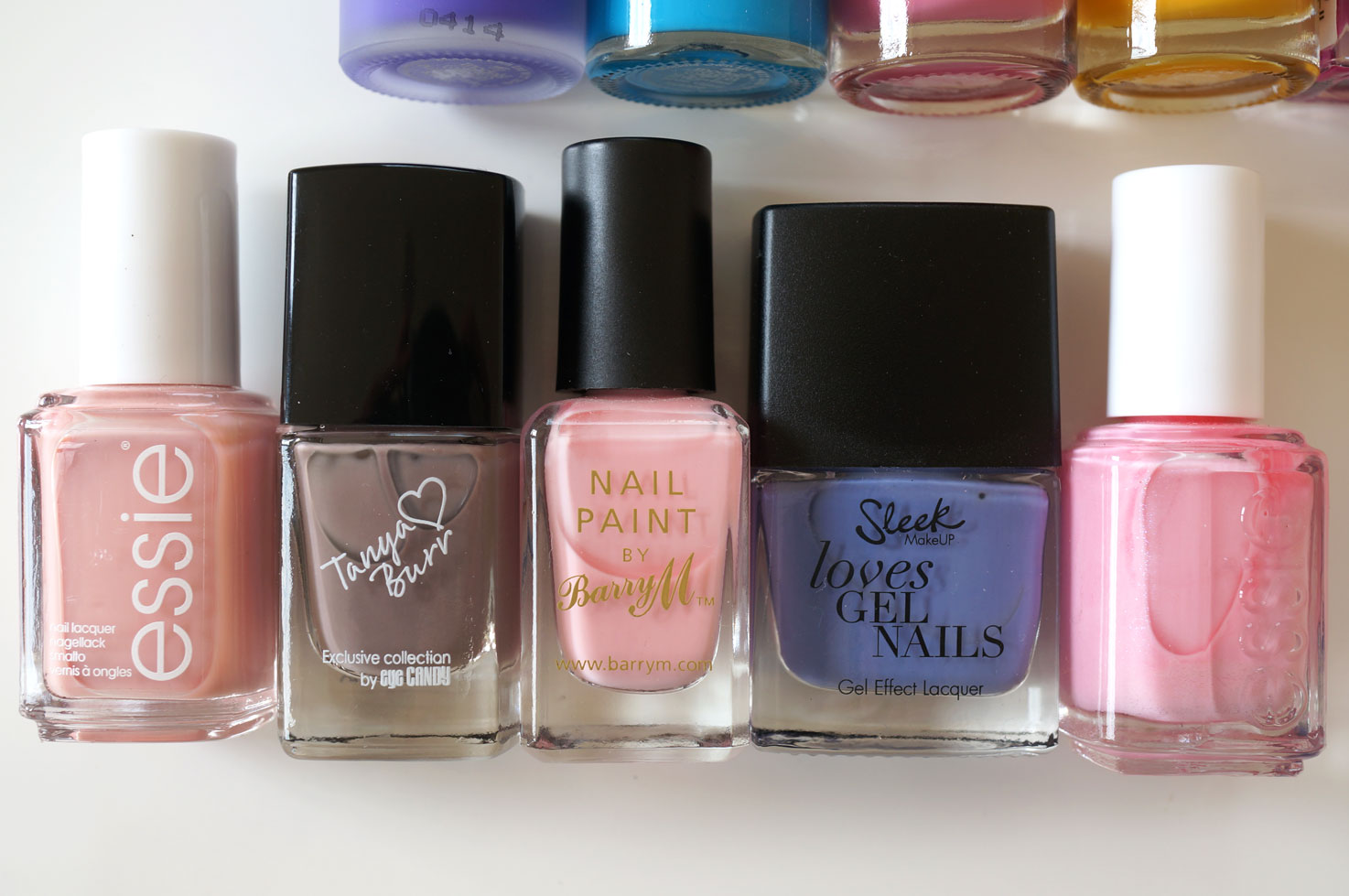 best-pastel-nail-polishes