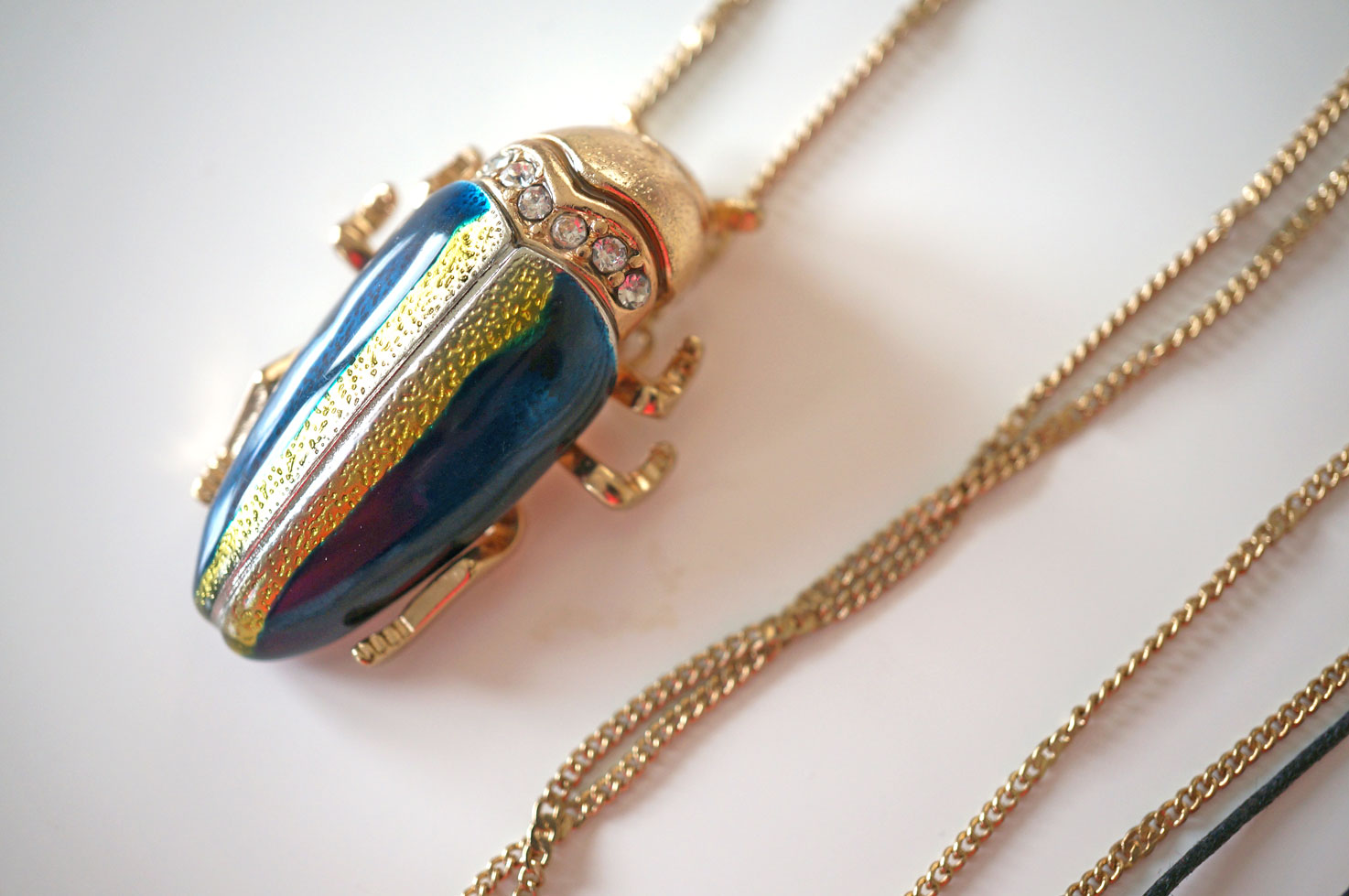 designer-bug-necklace