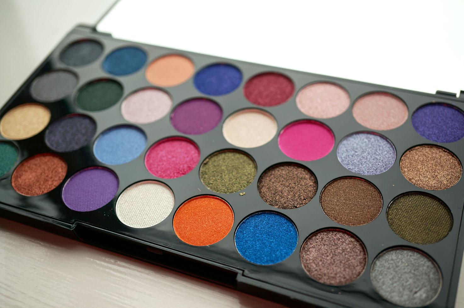 NEW Makeup Revolution ...