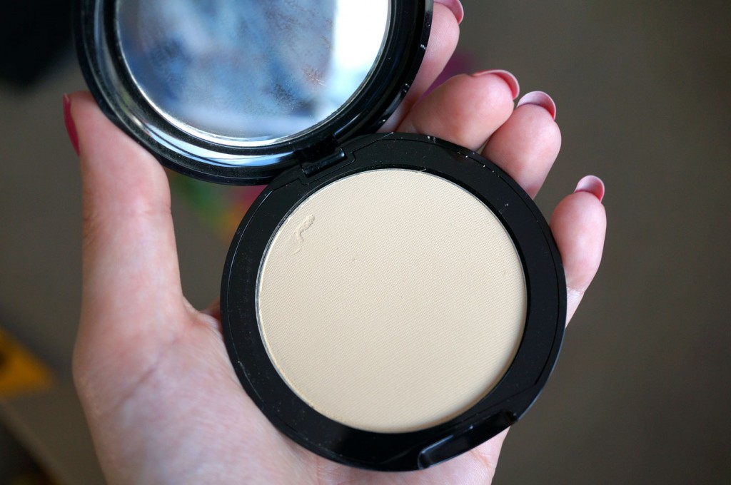 vicent longo pressed powder