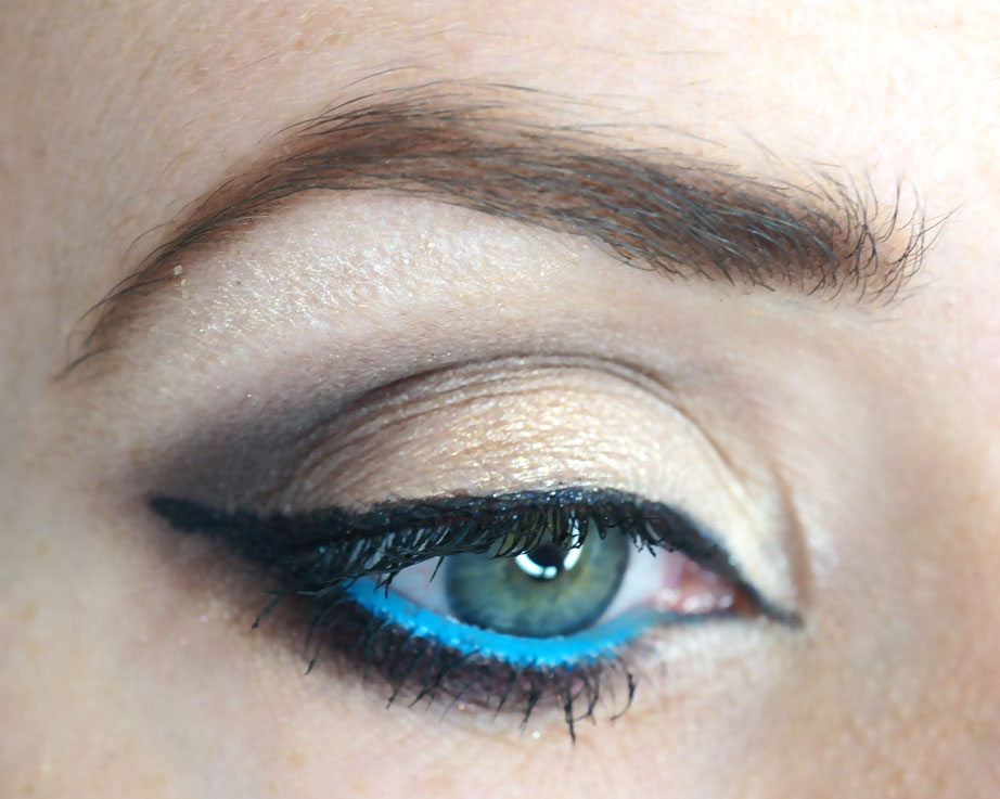 blue-eyeliner-eye