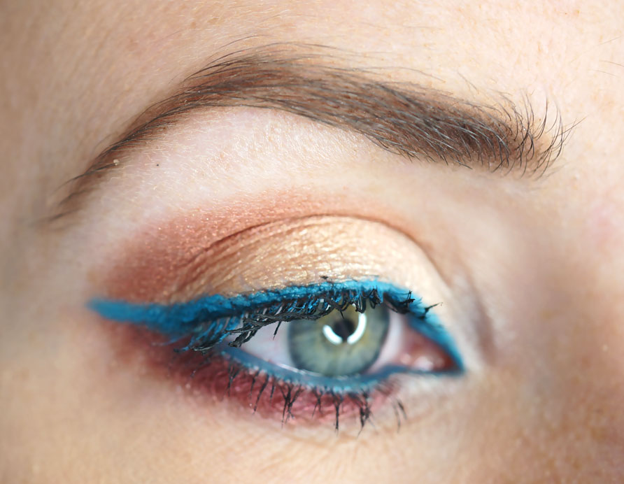 coloured-makeup-eye