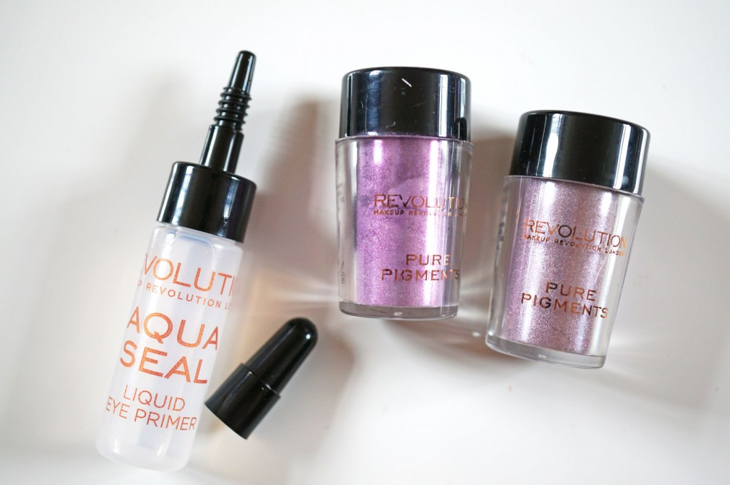 makeup-revolution-eye-dust-review