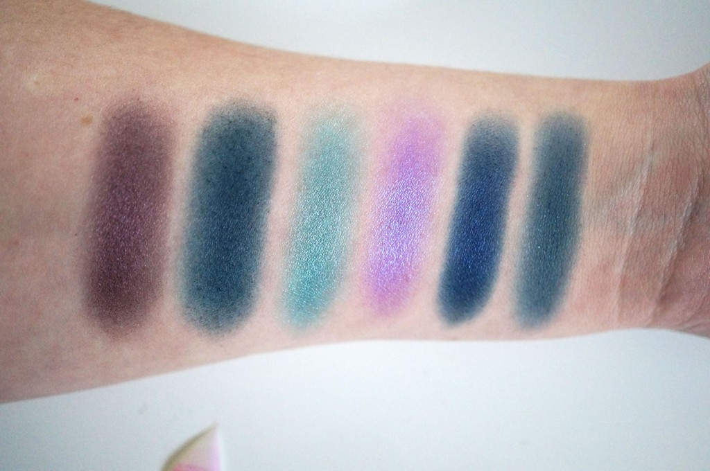 makeup-revolution-give-them-nightmares-swatches