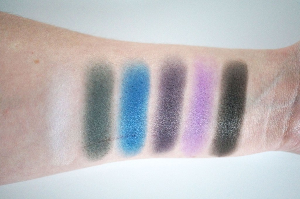 makeup-revolution-give-them-nightmares-swatches-3