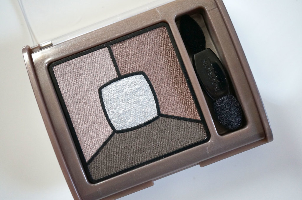 bourjois-smoky-eyeshadow-good-nude