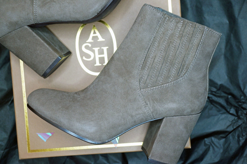 the-dressing-room-ash-boots