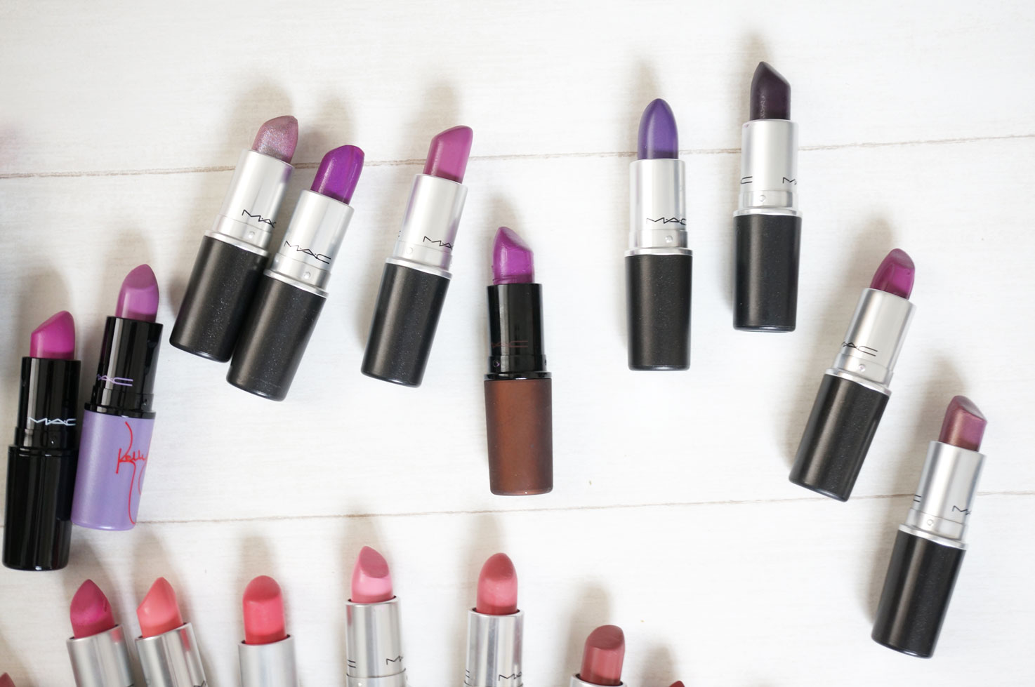 My MAC Lipstick Collection & A Guide to MAC Lipstick Finishes ...