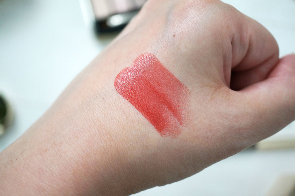 clarins-rouge-eclat-red-paprika-lipstick-swatch