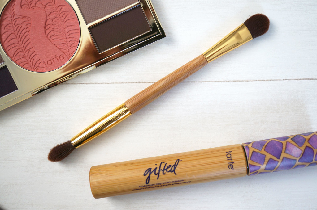 tarte-cosmetics-dual-ended-eyeshadow-brush