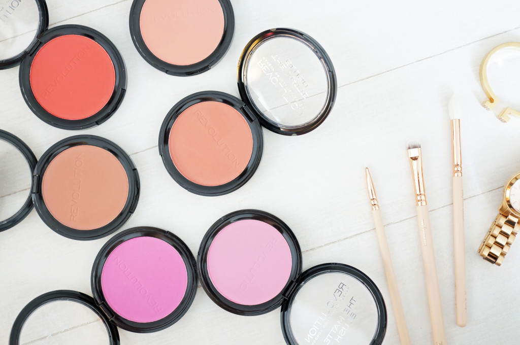makeup-revolution-matte-blush
