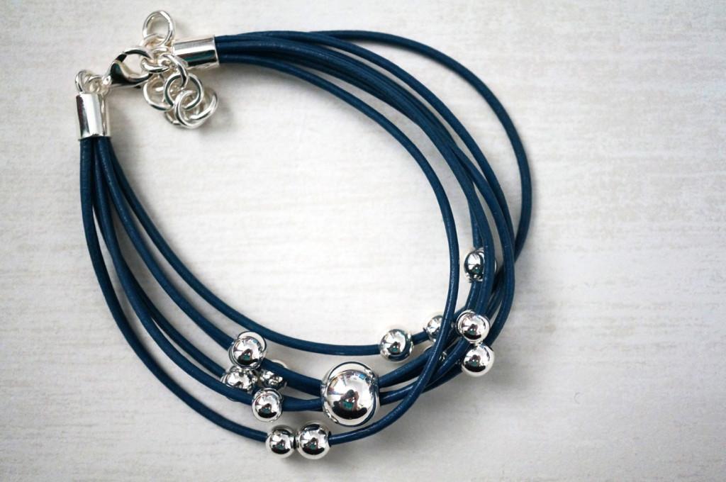 pia-jewellery-blue-silver-spheres-bracelet