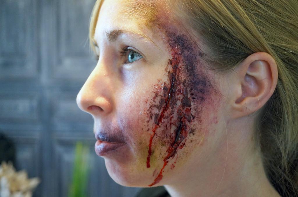 gory-halloween-makeup