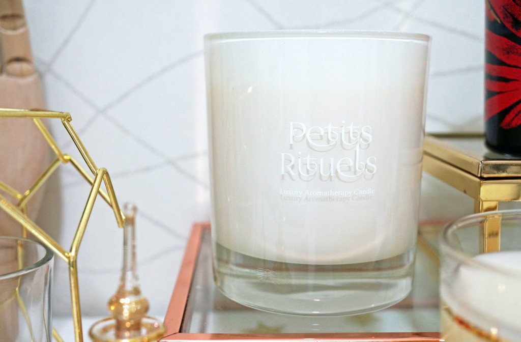 petits-rituels-by-the-fire-candle-review