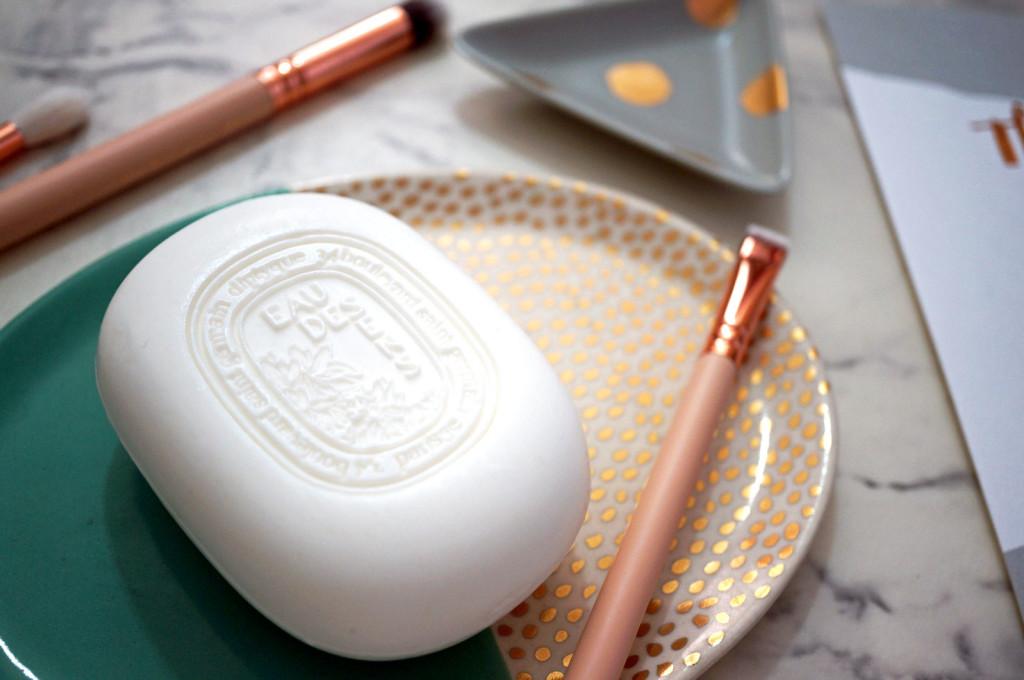 diptyque-eau-des-sens-soap-review