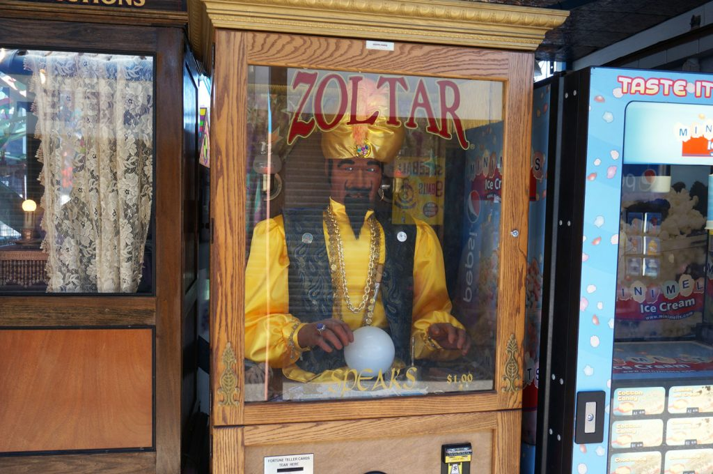 coney-island-zoltar-machine