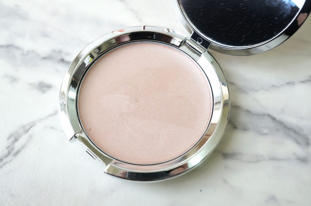 it-cosmetics-highlight-creme-illuminator-review