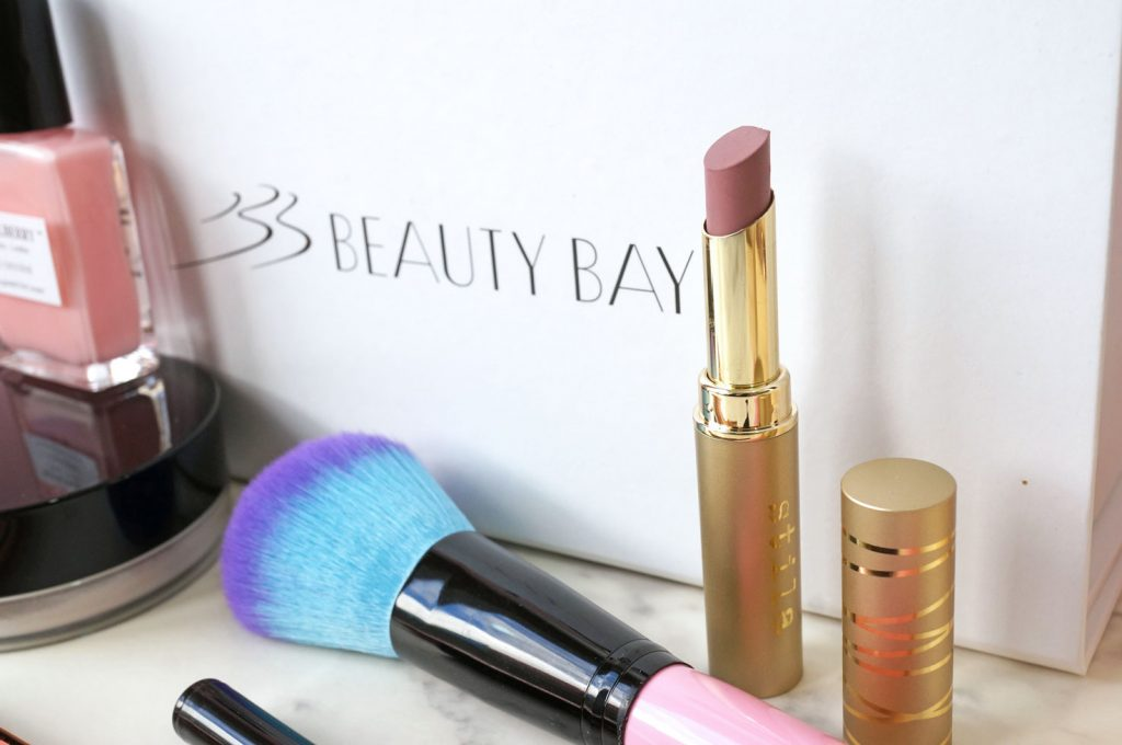 stila-stay-all-day-matteificent-lipstick-review