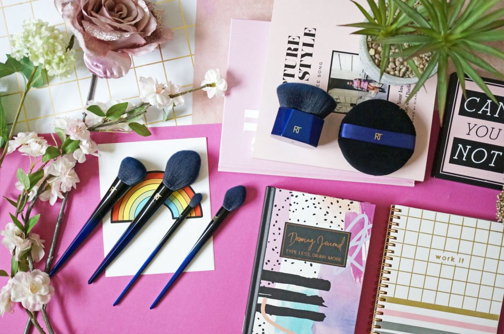 Beauty: Real Techniques Powder Bleu Brush Collection #PowderBleu