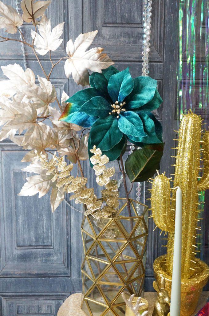 amara-christmas-flowers