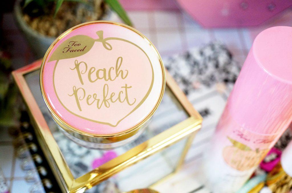 too-faced-Peach-Perfect-Mattifying-Setting-Powder-2