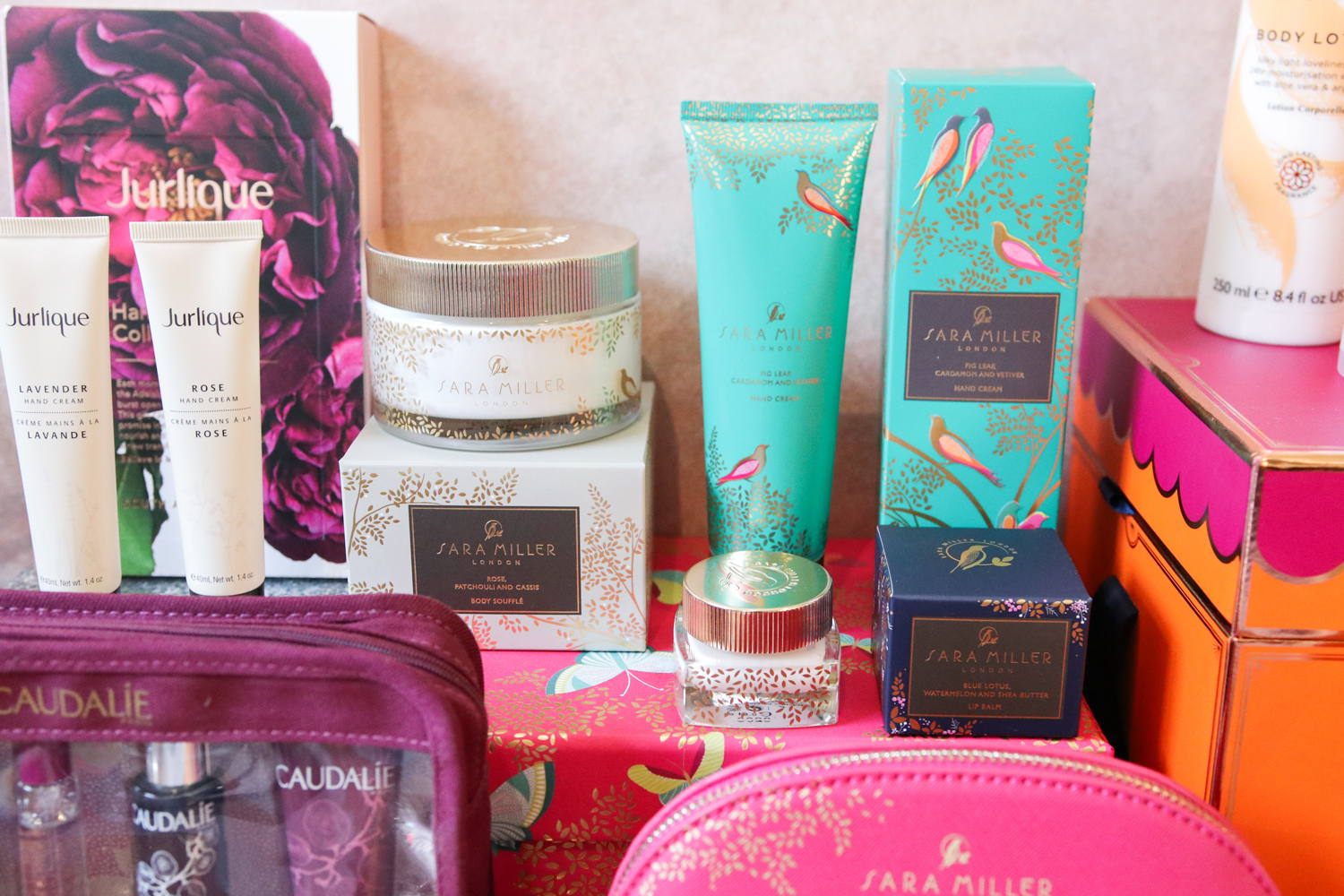 TSNC Christmas Gift Guide: Must Have Beauty Gift Sets!